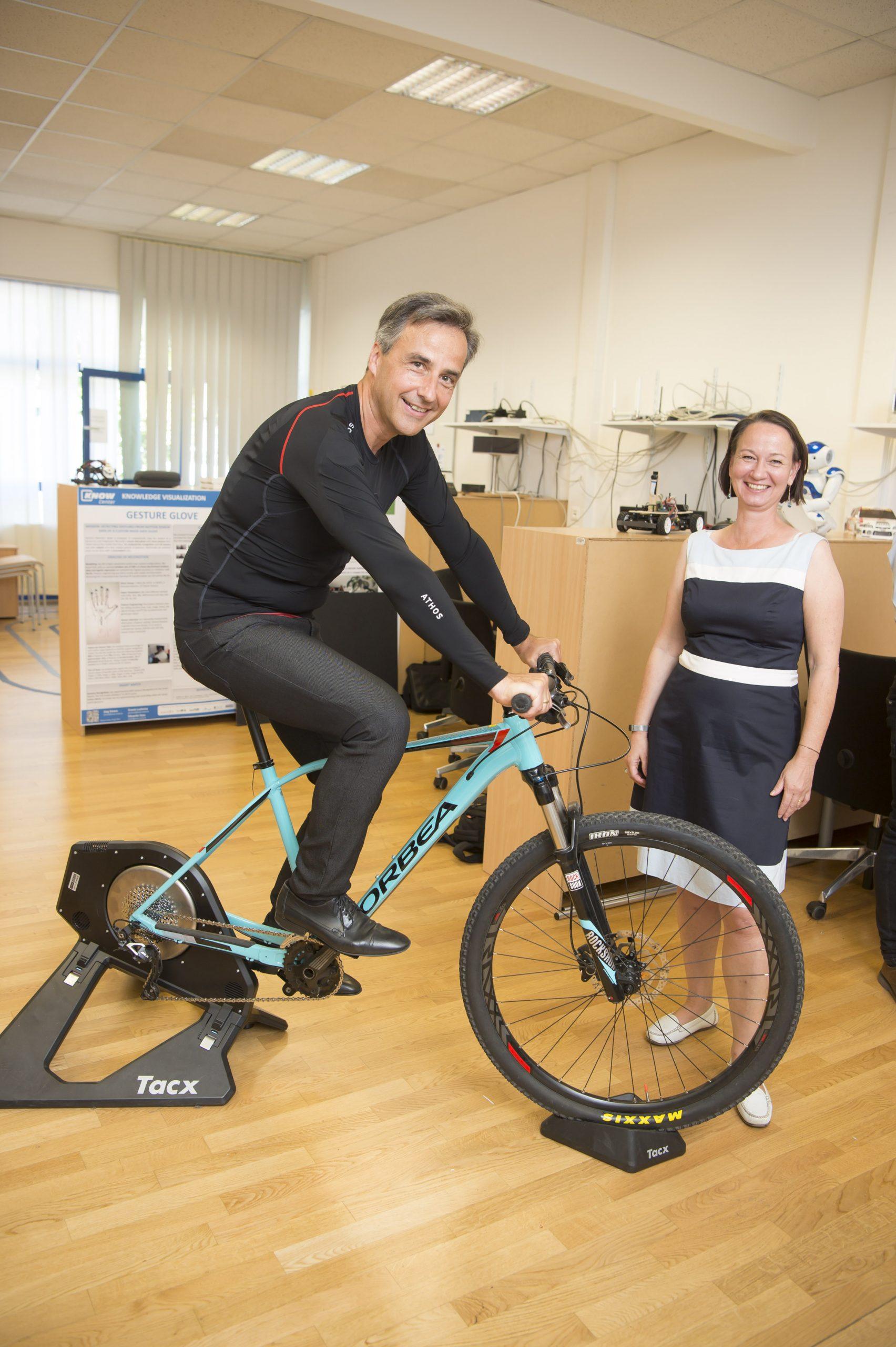 Mayor of Graz Siegfried Nagl visits Know-Center
