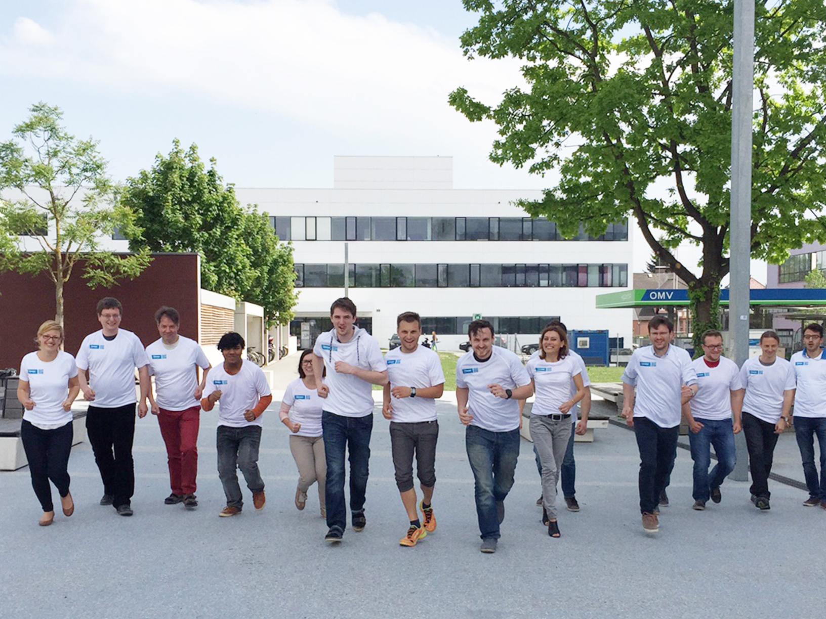 Run, Run, Run: Mit Teamgeist zum E-BUSINESSMARATHON 2015!