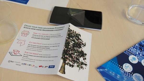 Forschungsgegenstand zur Vorstellung des Projektes - Pyramide am Smartphone um ein Hologramm zu erstellen